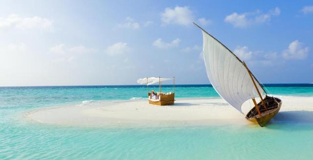 Apri Maldive - Filitheyo Island Resort ****S sul sito Caesar Tour Sposi