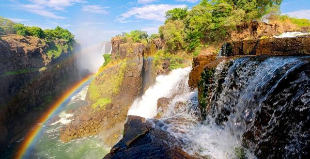 Apri Tour Sud Africa e Cascate Vittoria - Un viaggio in posti tanto spettacolari quanto unici al mondo sul sito Caesar Tour Sposi