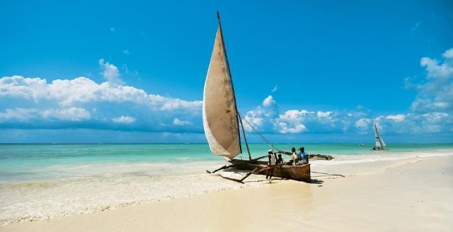 Apri Zanzibar - VeraClub Zanzibar Village - Il fascino di questa terra cattura il cuore, riempie gli occhi e toglie il respiro sul sito Caesar Tour Sposi