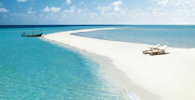 Apri Maldive - VeraClub Dhigufaru - Qui tutto il resto non esiste o se esiste è molto lontano sul sito Caesar Tour Sposi